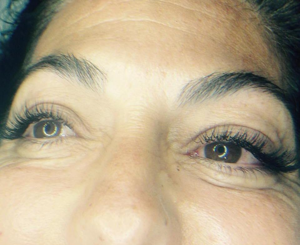 הלחמת ריסים - העיניים הן החלון לנשמה